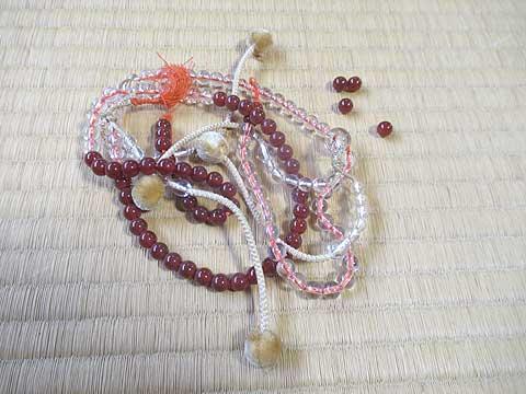 切れた本式数珠を自分で修理